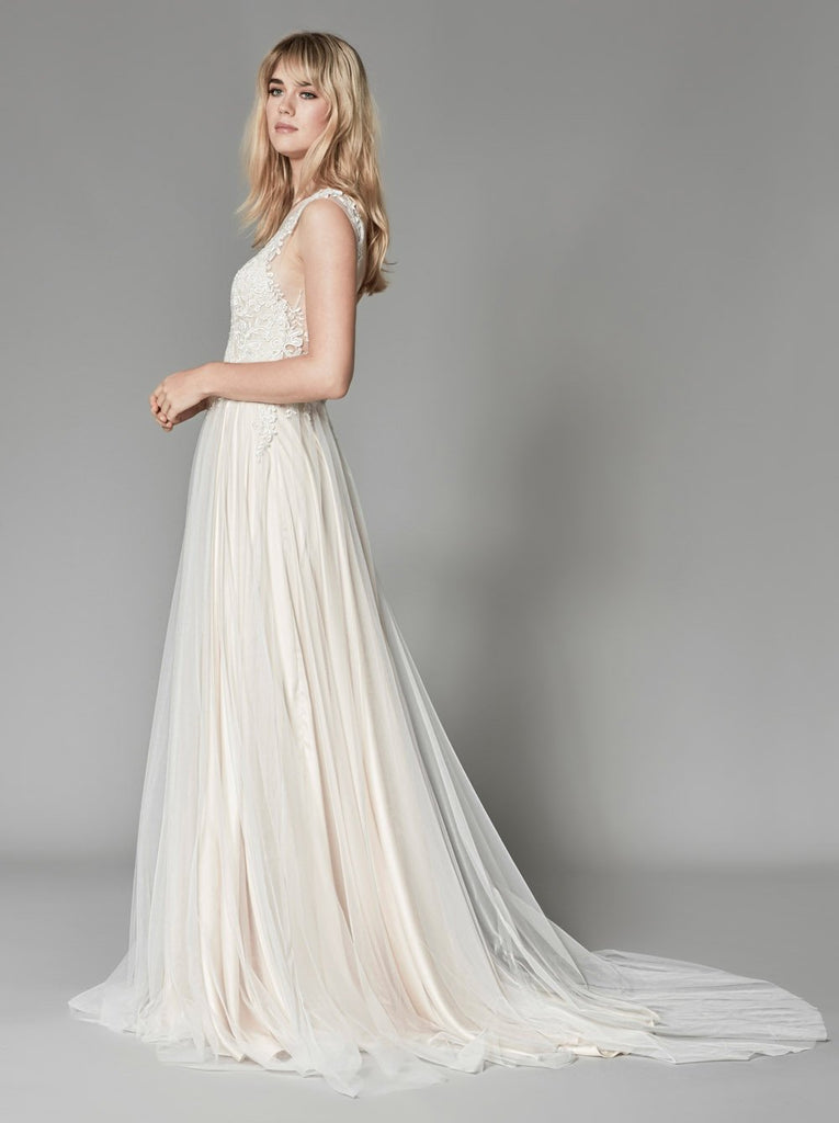 Keeva Gown