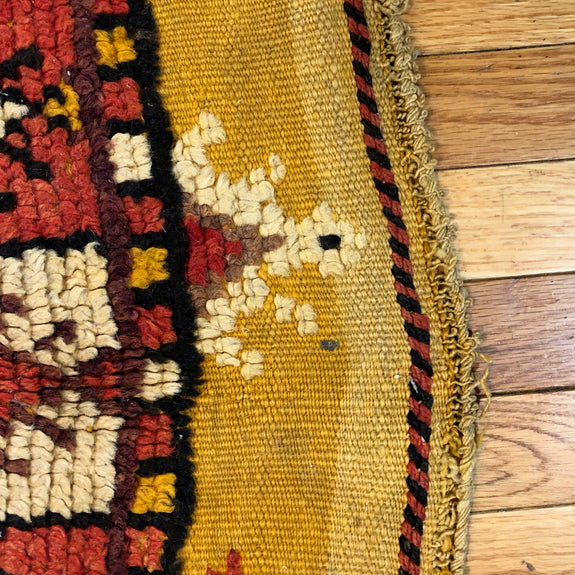 Moroccan - Authentic Antique Moroccan Rug - Deal