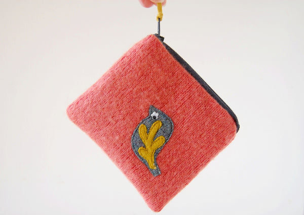 Coin Purse - Bird Design - Peach Wool