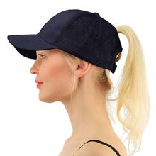 Women's Adjustable Baseball Cap With Ponytail Opening