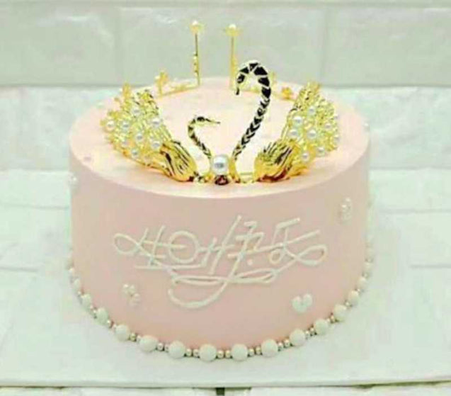 Swan Crown Cake Decoration (8 Inch)- 13265
