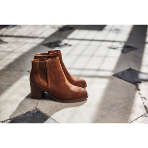 Chatham Savannah Chelsea Boots in Leather or Suede