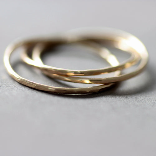 9ct Gold Interlocking ring