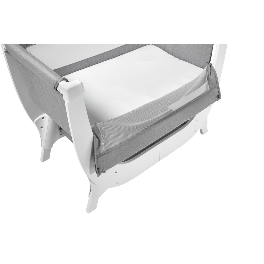 Shnuggle Air Beside Sleeper Infant Bassinet