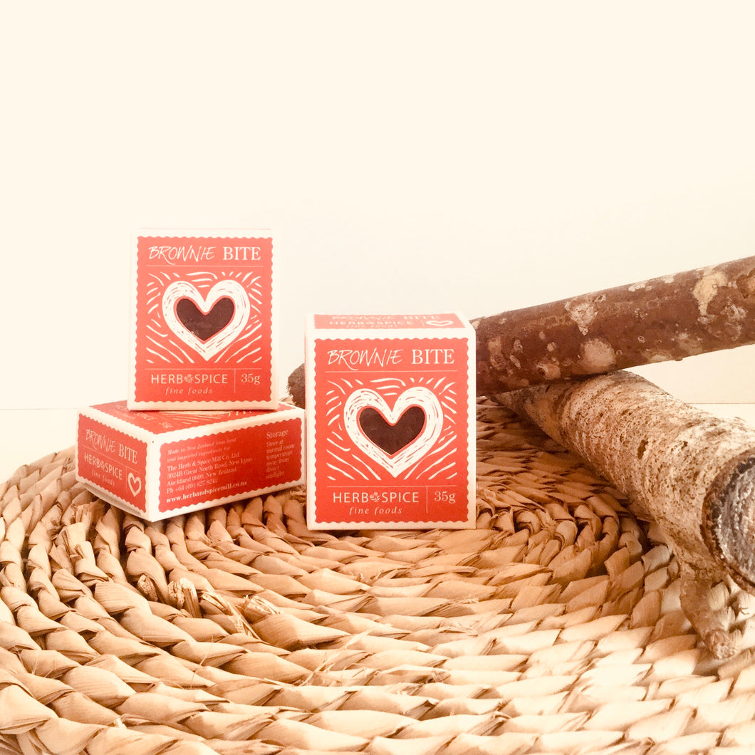 Red Heart Mini Chocolate Brownie 35g