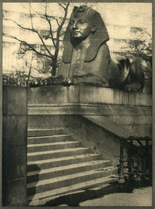 The Sphinx, The Embankment, London - Alvin Langdon Coburn | FFOTO