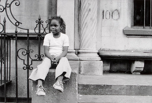 FFOTO-Dawoud Bey-A Girl at Number 100