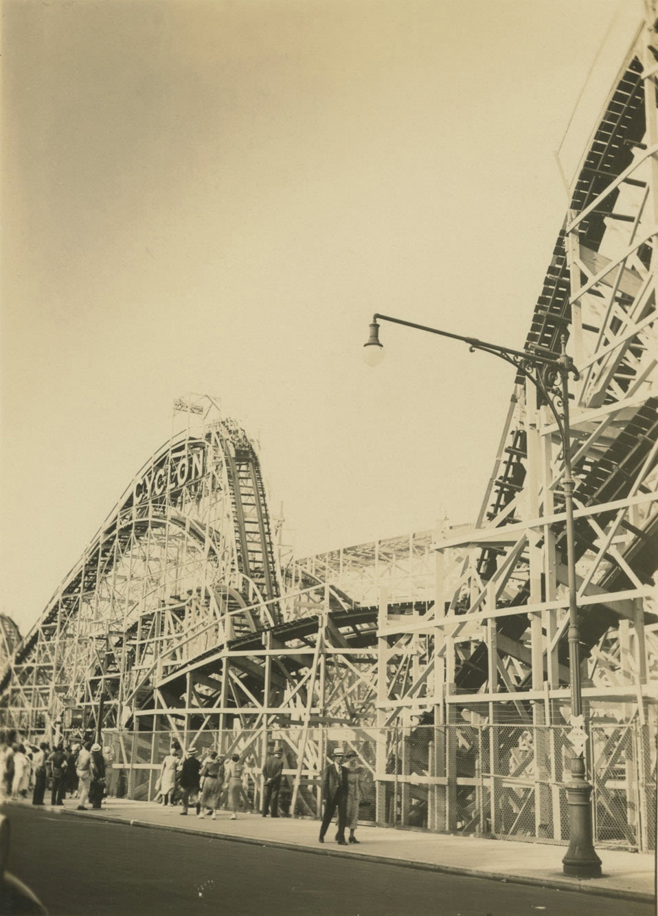 Cyclone Ride, two humps, Coney Island - Alexander Artway | FFOTO