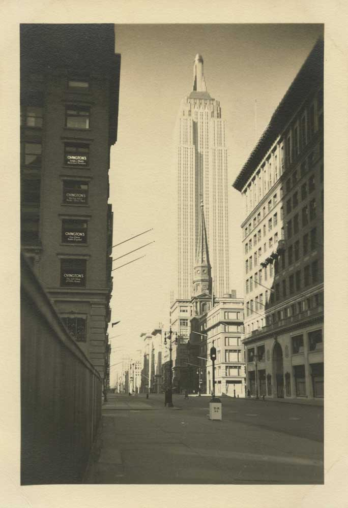 FFOTO-Alexander Artway-Empire State Building, 39th St. & 5th Ave.