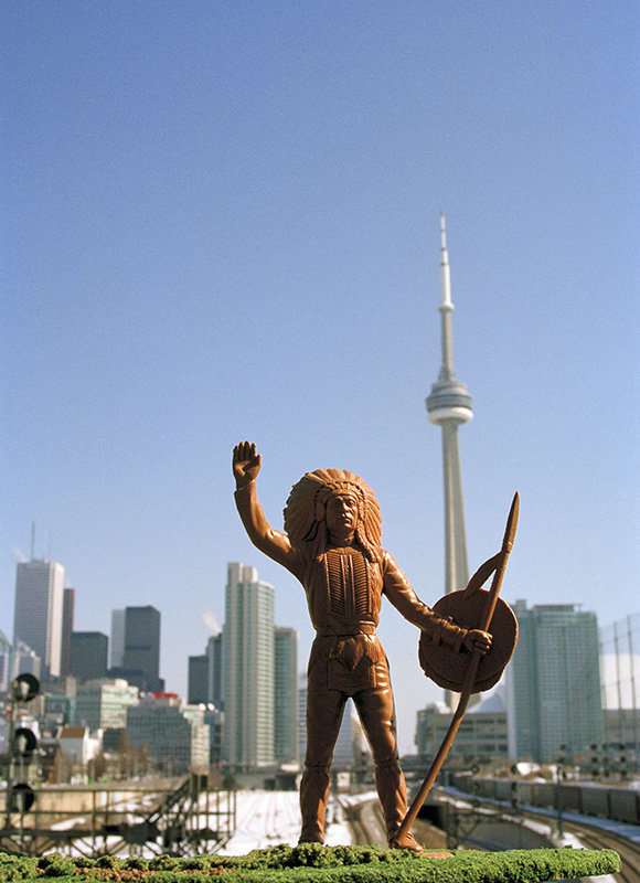Peace Chief, Tower, Toronto, Ontario - Jeff Thomas | FFOTO