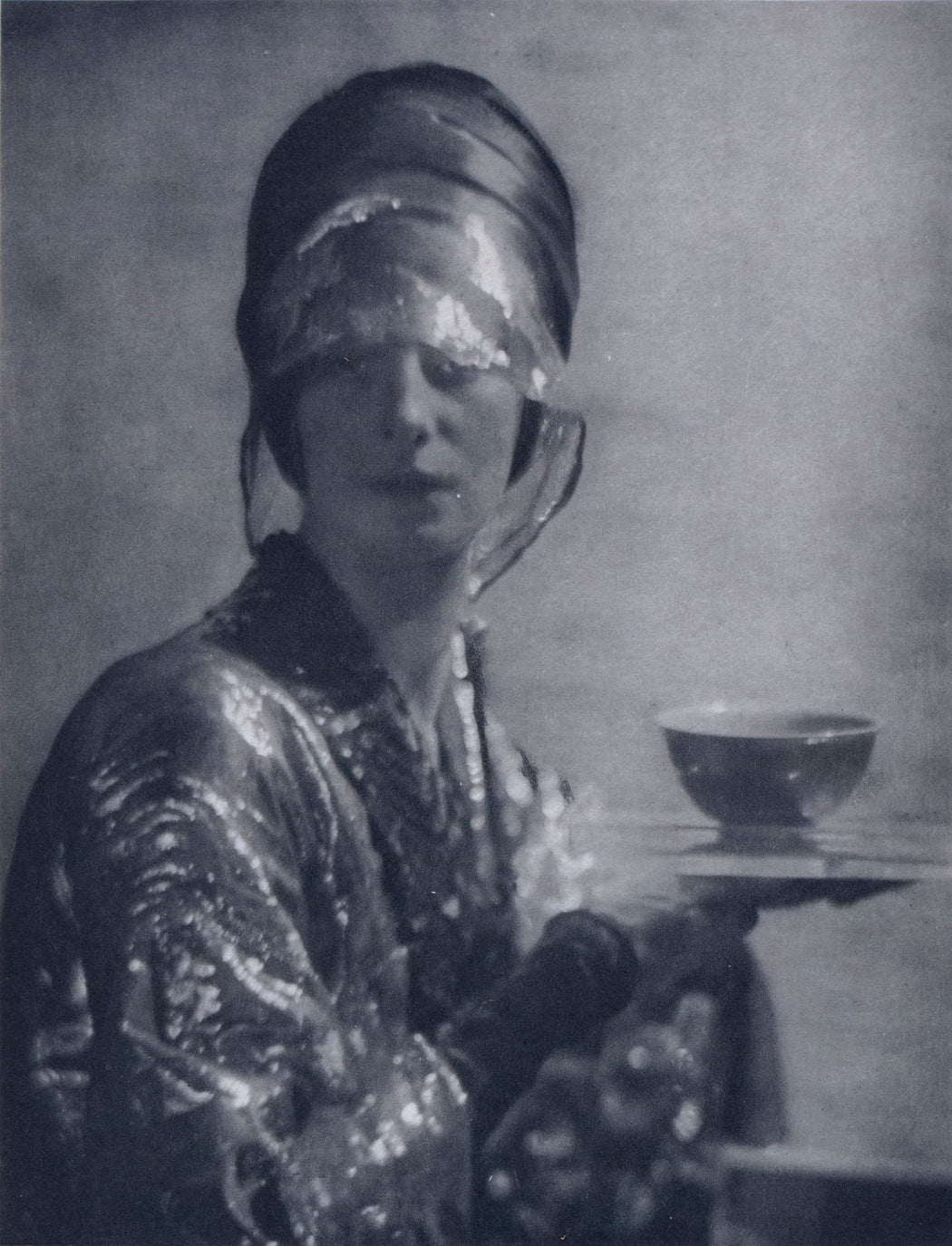 The Cup - Baron Adolph De Meyer | FFOTO