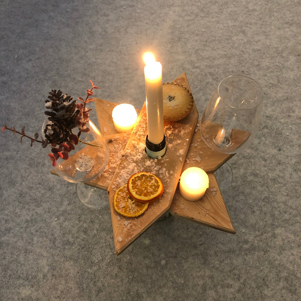 Pallet wood star shaped table centre piece