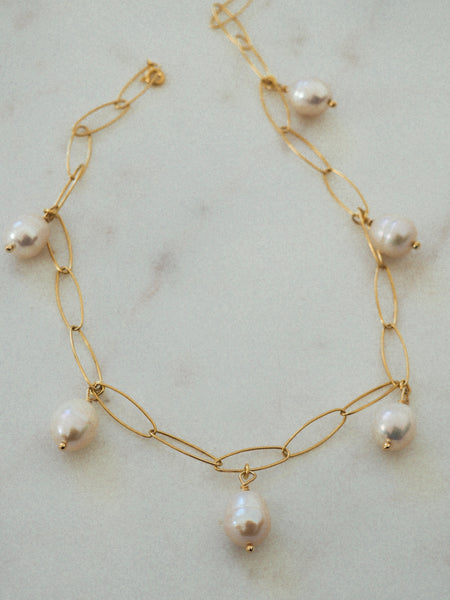 PEARLY NECKLACE/ CHOKER/ DOUBLE BRACELET
