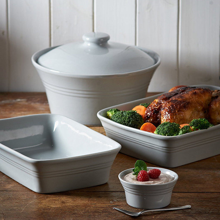 Mason Cash Classic Kitchen 2.5 Litre Grey Stoneware Casserole Dish With Lid