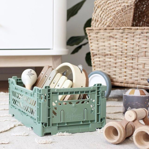 Folding Crate | Almond Green