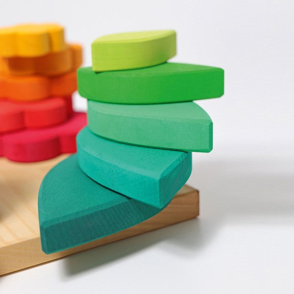 Shapes Stacking Game