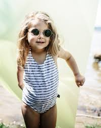 Swimsuit (last one 6-18m)