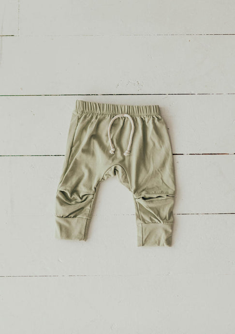 Joggers in Desert Sage