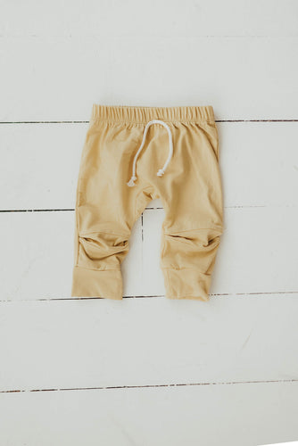 Joggers in Golden