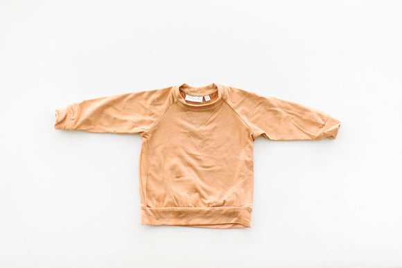 Crew Neck in Camel