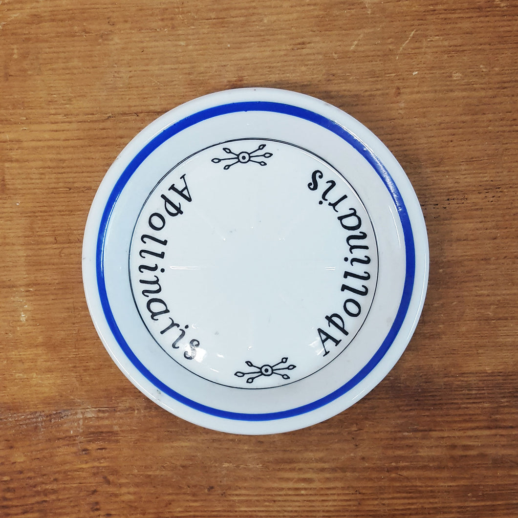 french bottle coaster with grooves for lemon wedges