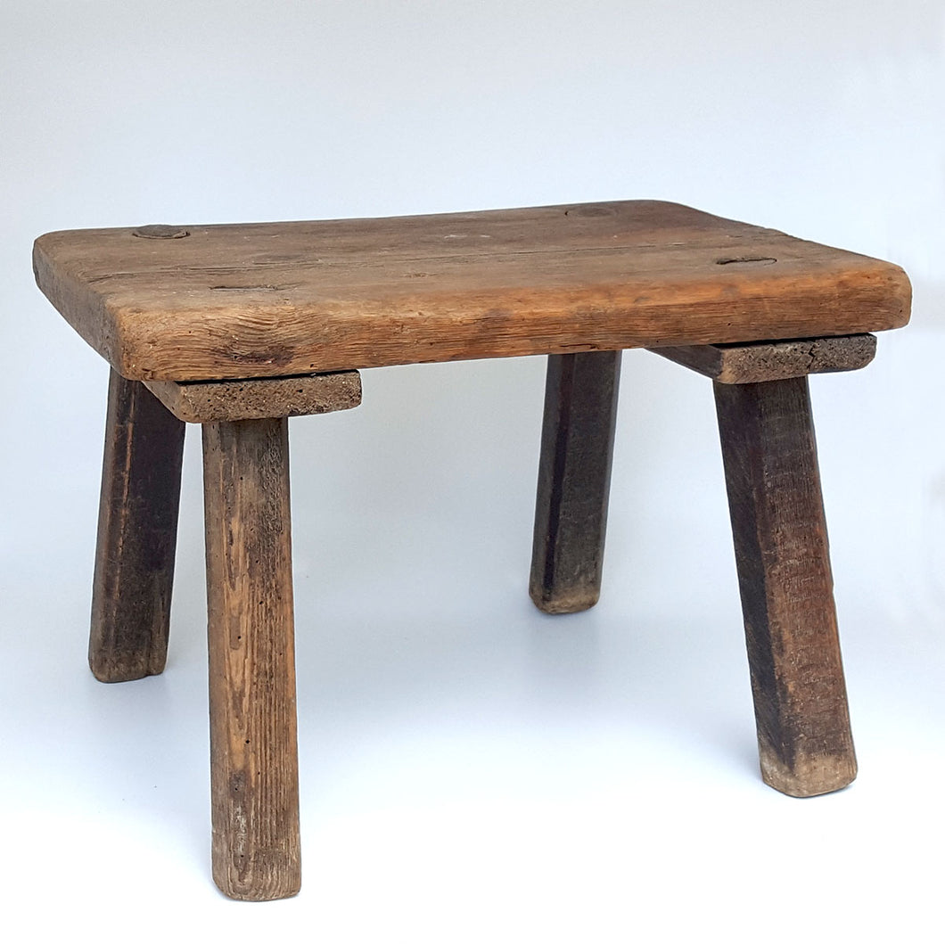 French Milking Stool