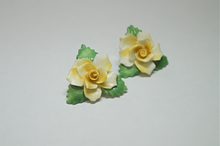 Load image into Gallery viewer, Yellow Flower Enamel Clip-On Earrings
