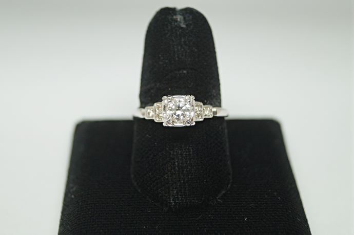 Traditional Style Diamond Engagement Ring