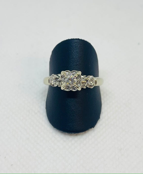 Illusion Vintage Engagement Ring