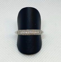 Load image into Gallery viewer, 14K Twinkling Round Anniversary Ring