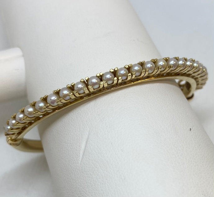 Vintage Bangle Pearl Bracelet