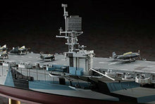 Load image into Gallery viewer, Hasegawa 1/350 U.S. Navy Escort Carrier CVE-73 Gambier Bay Model Kit NEW Japan