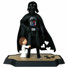 Load image into Gallery viewer, New STAR WARS -Gentle Giant Darth Vader and Princess Leia DX Macket and Book
