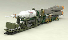 Load image into Gallery viewer, Plastic Model Soyuz Rocket and Carrier 1/150 Scale PS Assembled Plastic Model