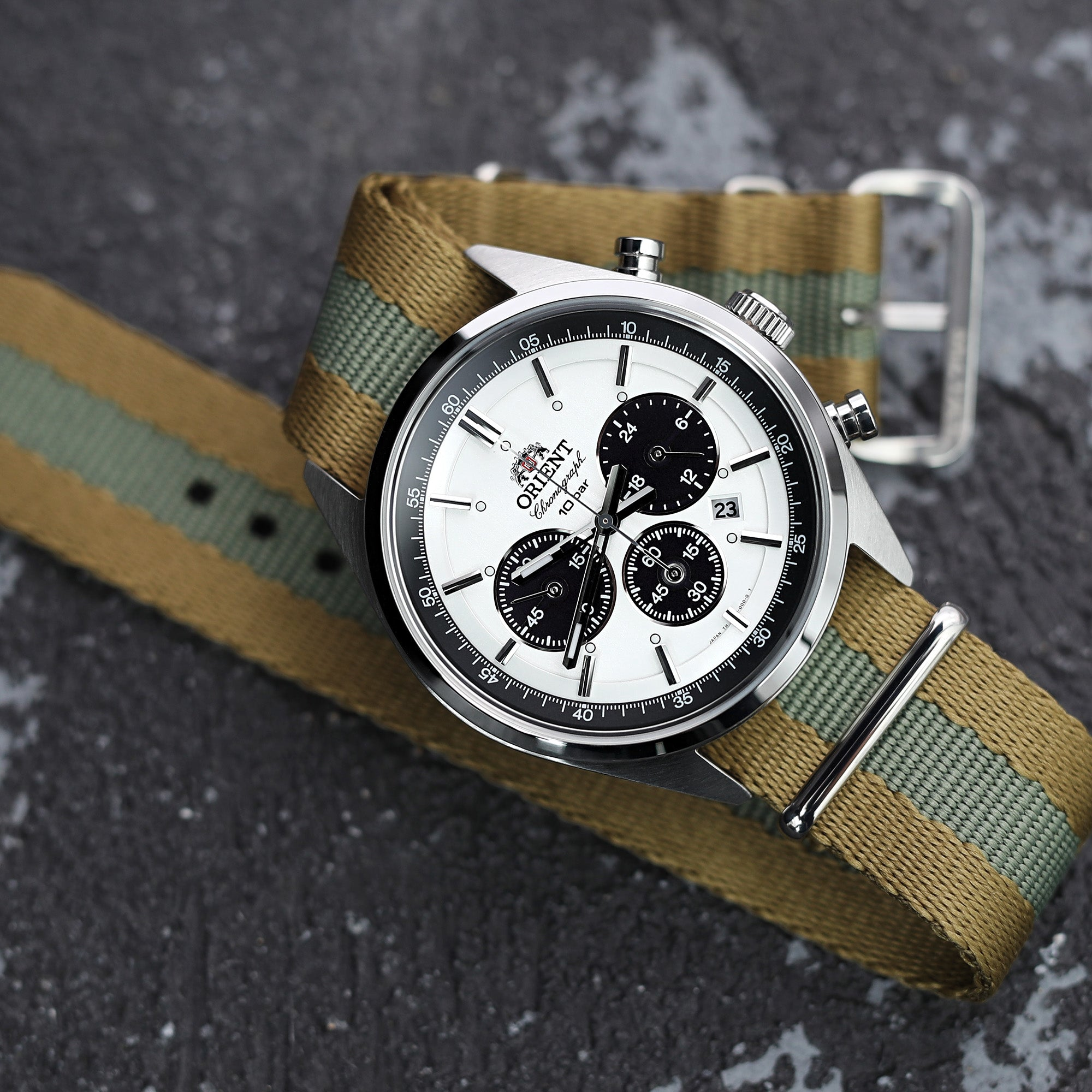 2-strapcode-watch-bands-W_22A22PZZ00N2P49_Orient-Panda-Chrono-MT
