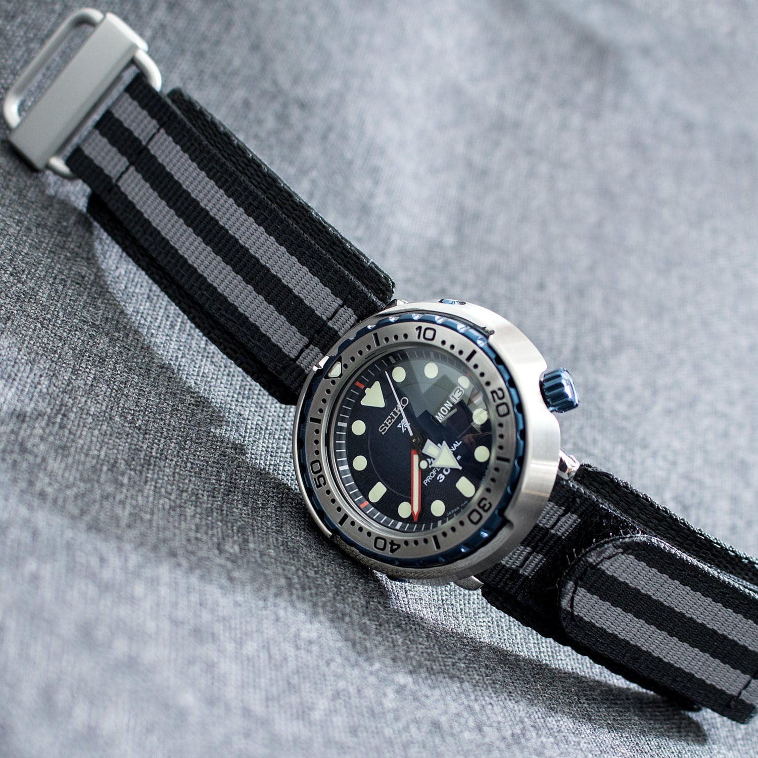 Seiko PADI Marinemaster Tuna 300M Diver Quartz SBBN039 paired with Velcro Nylon watch bands