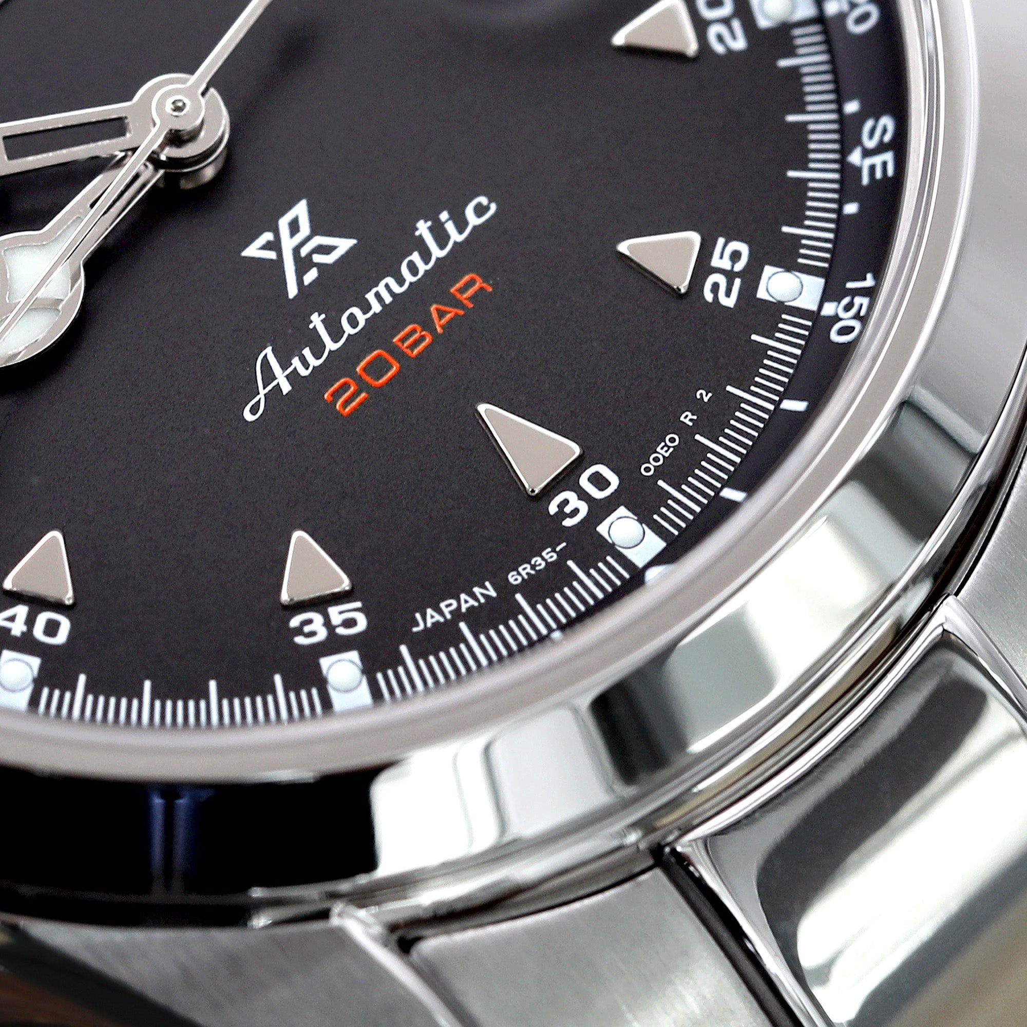 Seiko Alpinist Black SBDC087 Prospex Badge closeup
