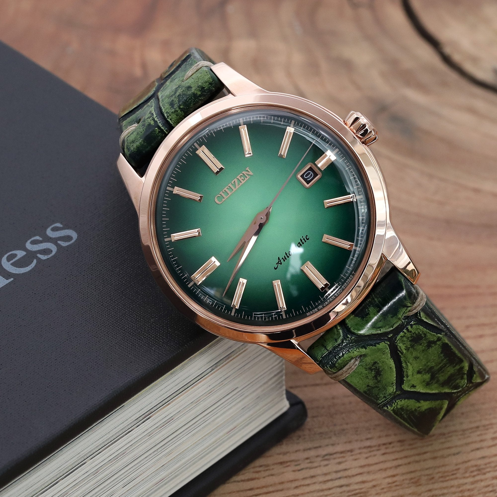 20mm or 22mm MiLTAT Italian Handmade Alligator Belly Vintage Green Watch Strap Strapcode Watch Bands