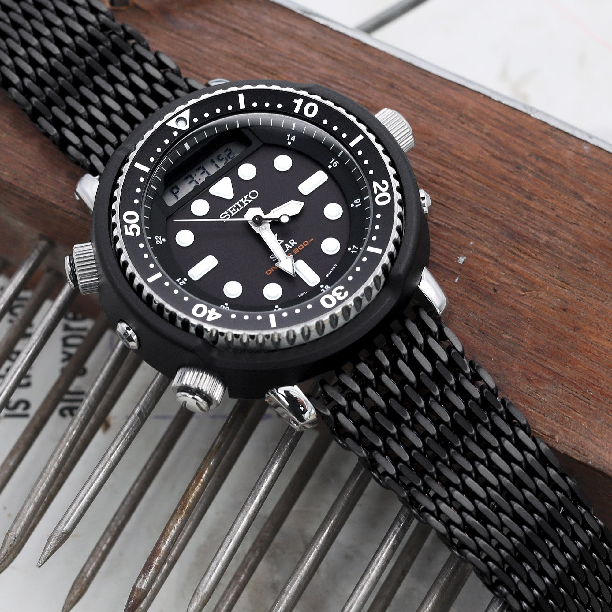 "22mm Tapered ""SHARK"" Mesh Band Stainless Steel Watch Bracelet V-Clasp PVD Black Strapcode Watch Bands"