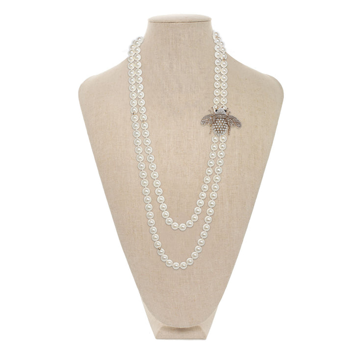 Mighty Bee Pearl Necklace