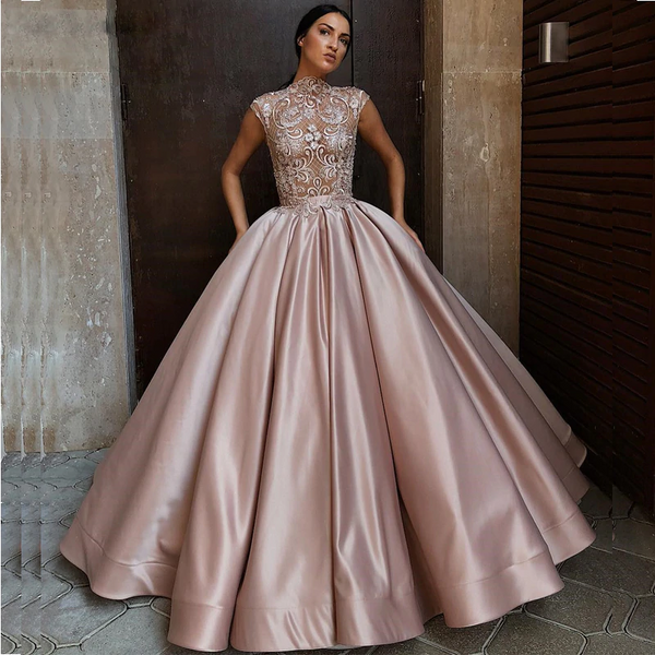 Elegant Ball Gown Evening Dresses Jewel Neck Cap Sleeves See Through Sexy Evening Dress Long Formal Party Gowns Vestidos