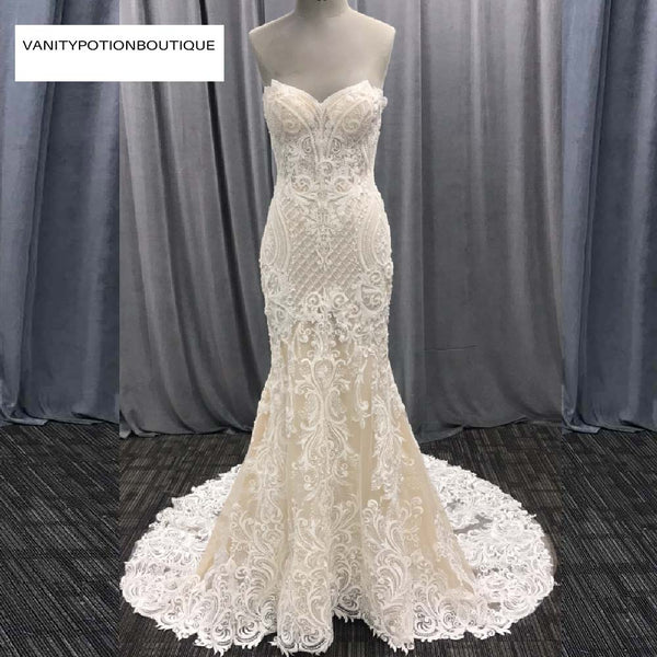 MERMAID APPLIQUES LONG TRAIN BEADING LACE SLEEVELESS WEDDING GOWN