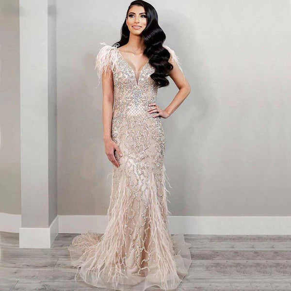 CHAMPAGNE LUXURY V-NECK DIAMOND FEATHERS SLEEVELESS EVENING GOWN