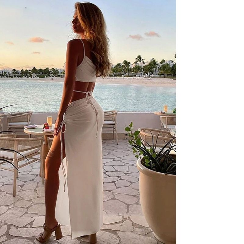 REFLECTIVE MULTI COLOR SEQUIN IN MERMAID SILHOUETTE EVENING DRESS