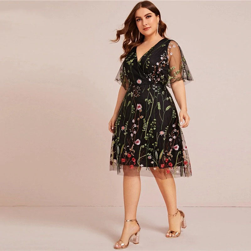 GARDEN BLOOM EMBROIDERED FLORAL MESH PLUS DRESS