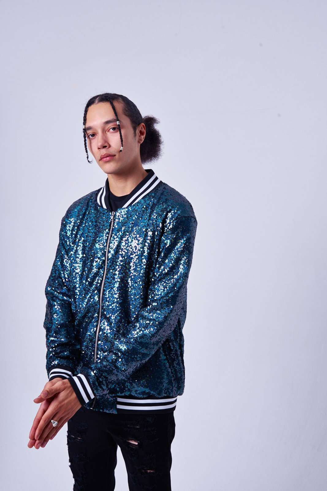 NAVY HOLOGRAPHIC SEQUIN BOMBER