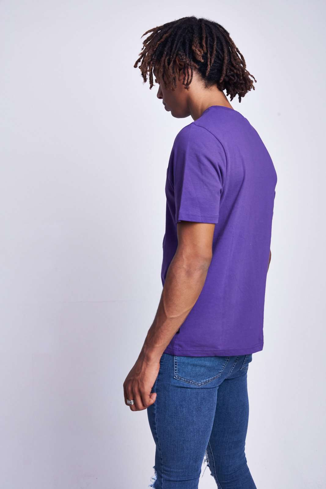 PURPLE TEE WITH RACER PRINT