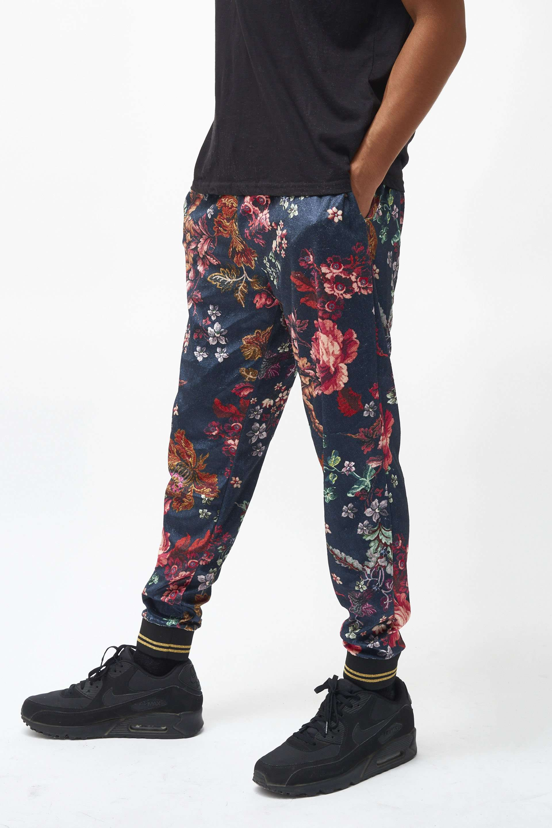 Antique Floral Velvet Jogger With Metallic Rib