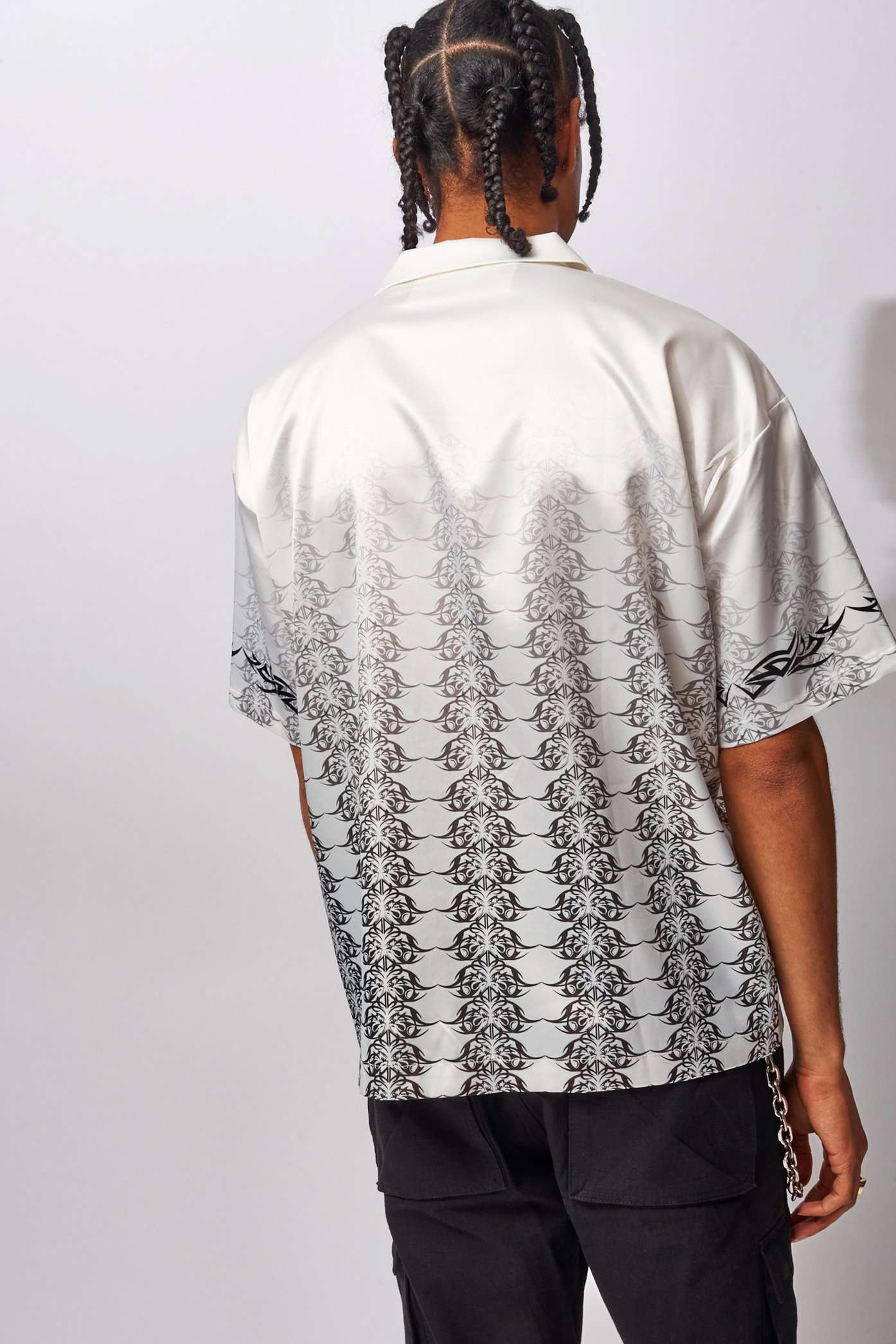 White Tribal Dragon Print Revere Shirt