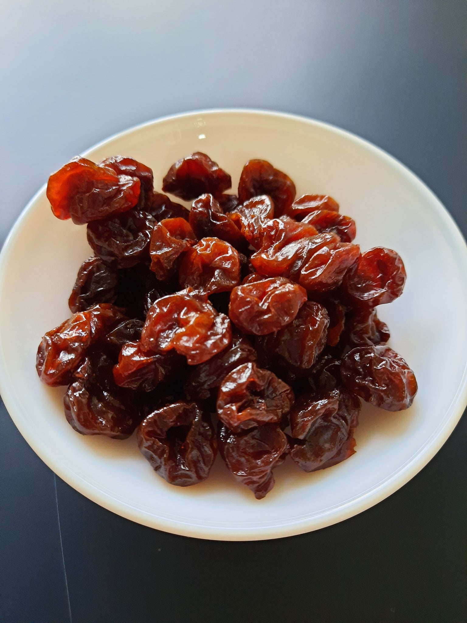 Dried cherry (per 100g)